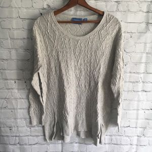 Scoop neck cable knit thin sweater Medium